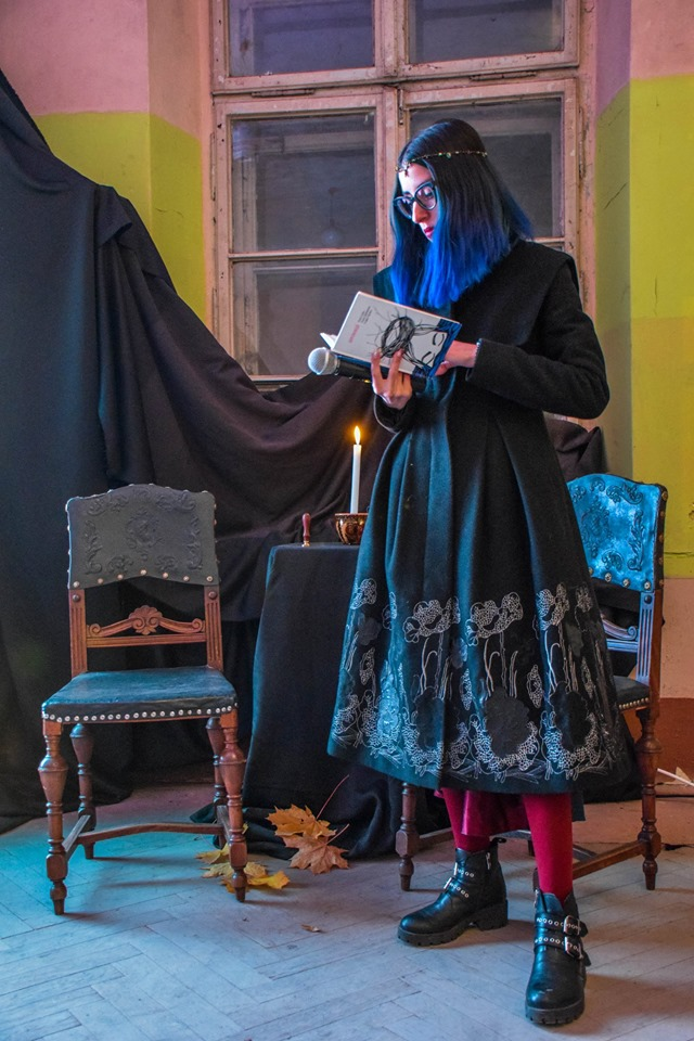 Знайшли привида: містичні читання влаштували у франківському Палаці Потоцьких 12