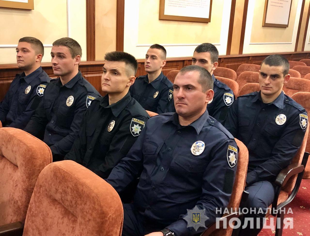 13 поліцейських Прикарпаття присягнули на вірність українському народові 4