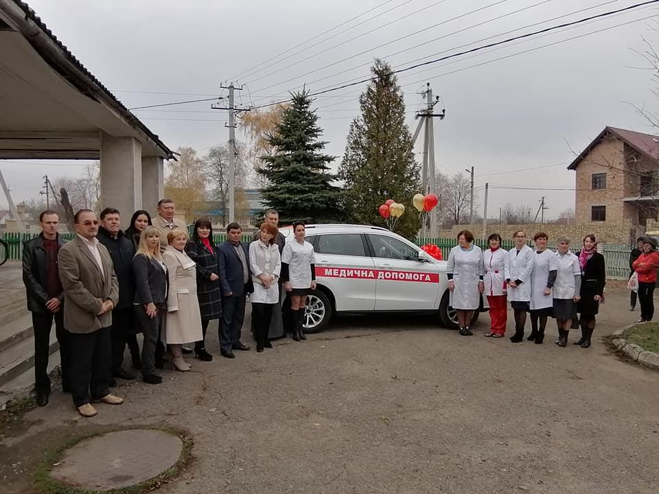 Амбулаторія Старого Лисця отримала нове авто 2