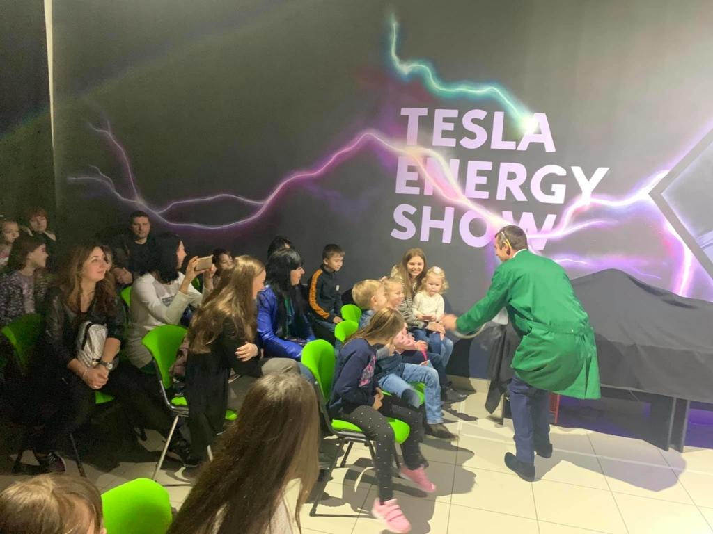 """На День науки в """"Новій енергії"""" влаштували три нові лабораторії і показали шоу 8"""