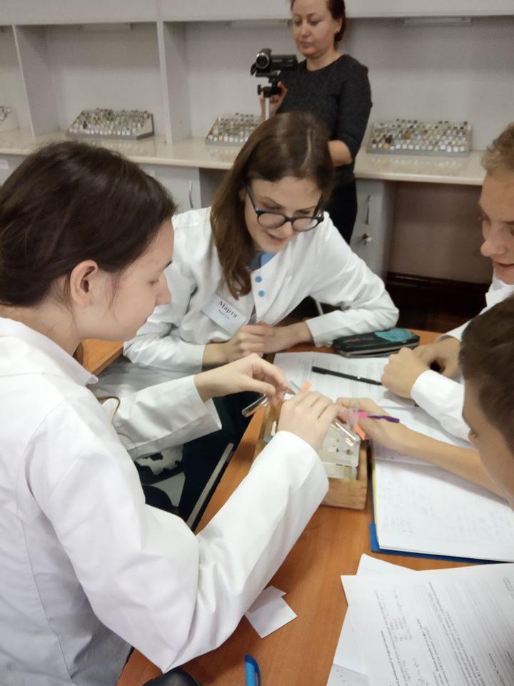 Визначили найкращих вчителів хімії, історії та образотворчого мистецтва у Франківську 2
