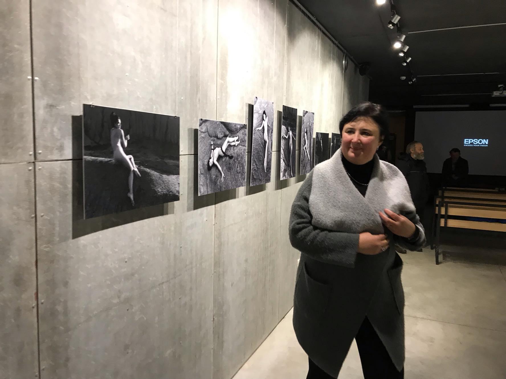 """Без еротизму: у франківському """"Ваґабундо"""" відкрили виставку ню 8"""