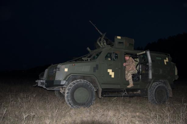 """В Україні випробували бронеавтомобілі """"Козак-2М1"""" і """"Варта-Новатор"""" 2"""