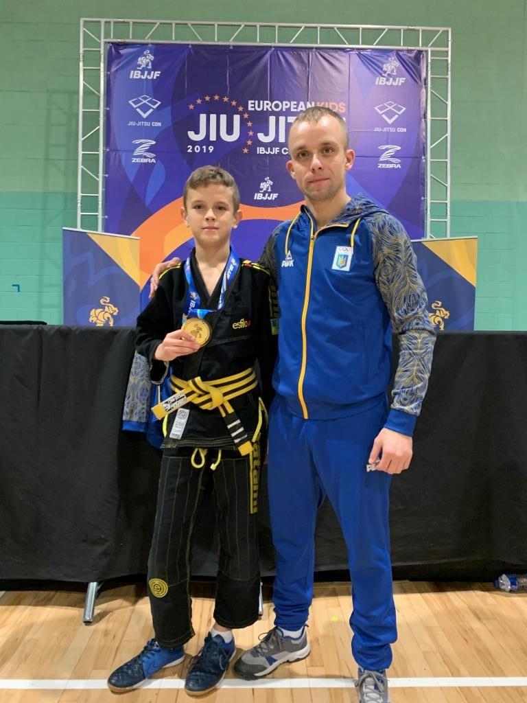 Два франківські школярі стали чемпіонами Європи з джиу-джитсу 4