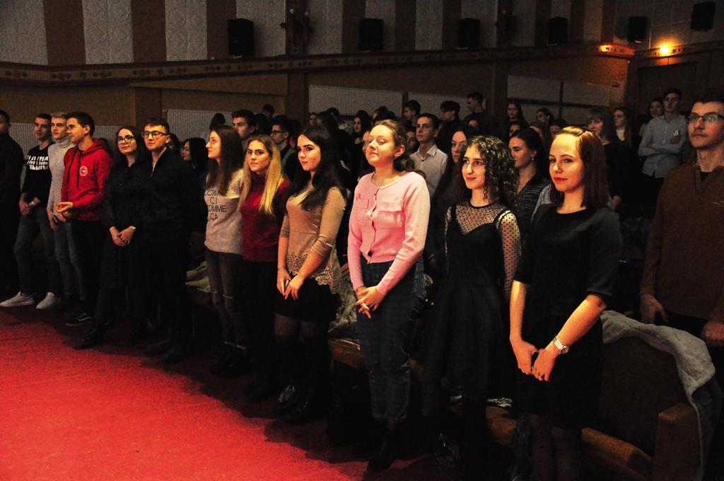 У Прикарпатському університеті провели посвяту першокурсників-міжнародників у студенти 3