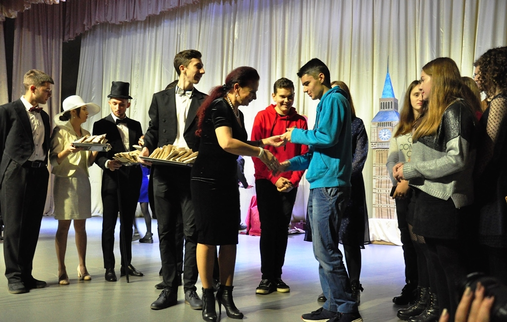 У Прикарпатському університеті провели посвяту першокурсників-міжнародників у студенти 4