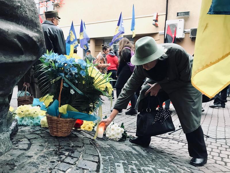 У Франківську вшанували страчених у 1943 році націоналістів 2
