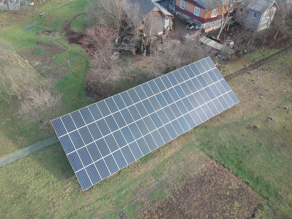 Сонячну електростанцію для дому потужністю 30 кВт змонтовано в Підмихайлі 4