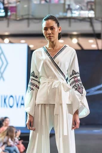 Франківська дизайнерка представила Україну на королівських урочистостях в Таїланді 12