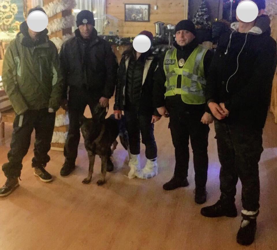 Столичні туристи заблукали в Карпатах – їх розшукали поліція та рятувальники 2