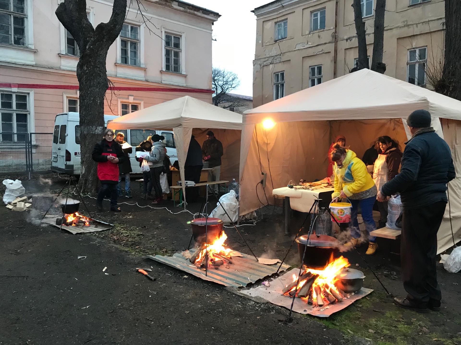У Палаці Потоцьких стартував благодійний борщ-батл 2