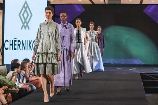 Франківська дизайнерка представила Україну на королівських урочистостях в Таїланді 24