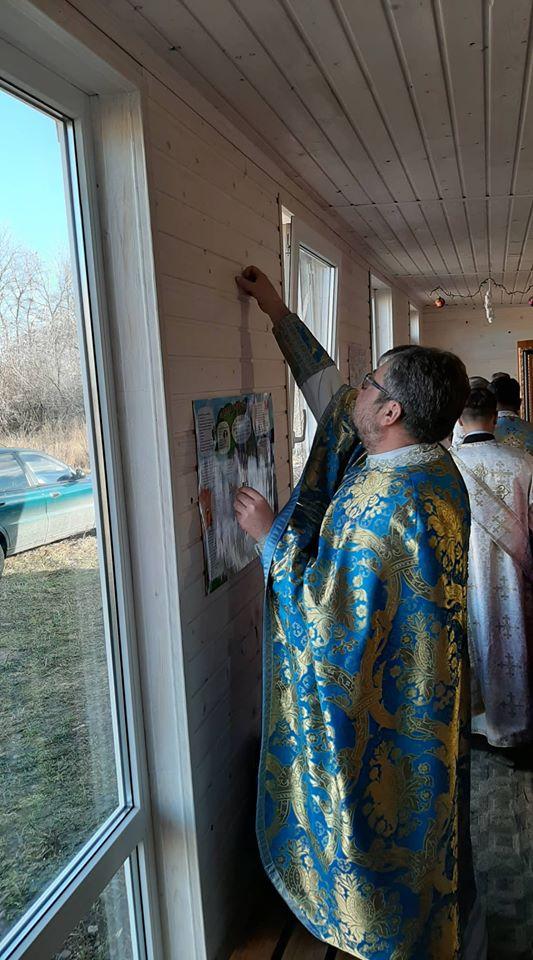 Освятили каплицю на місці першої відкритої служби УГКЦ в Угорниках 2