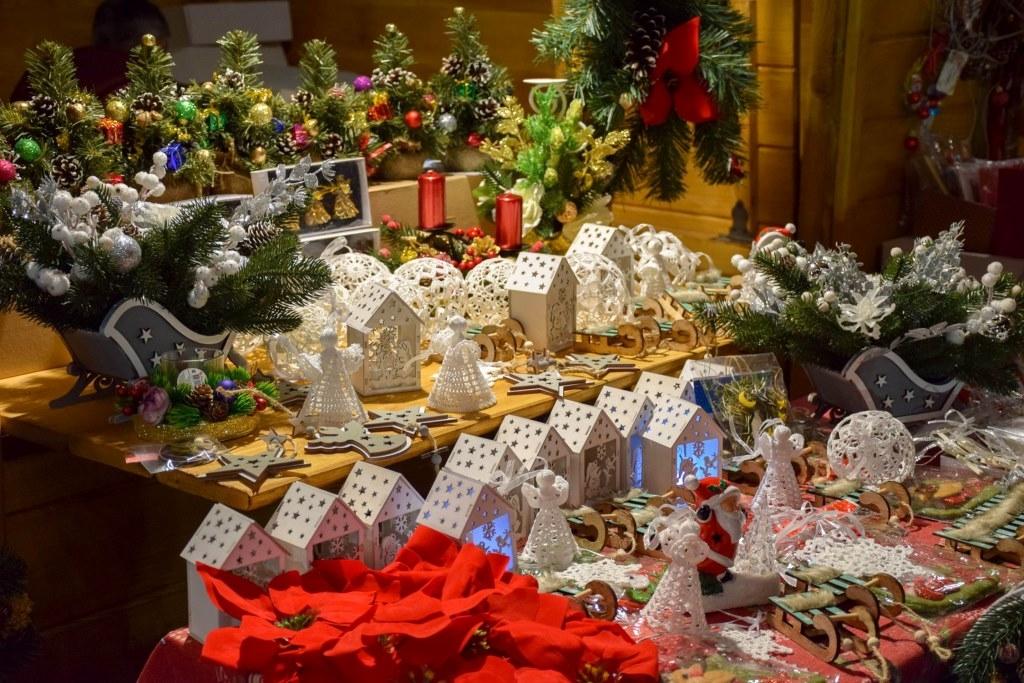 У Палаці Потоцьких відкрили різдвяну шопку-орігамі 2