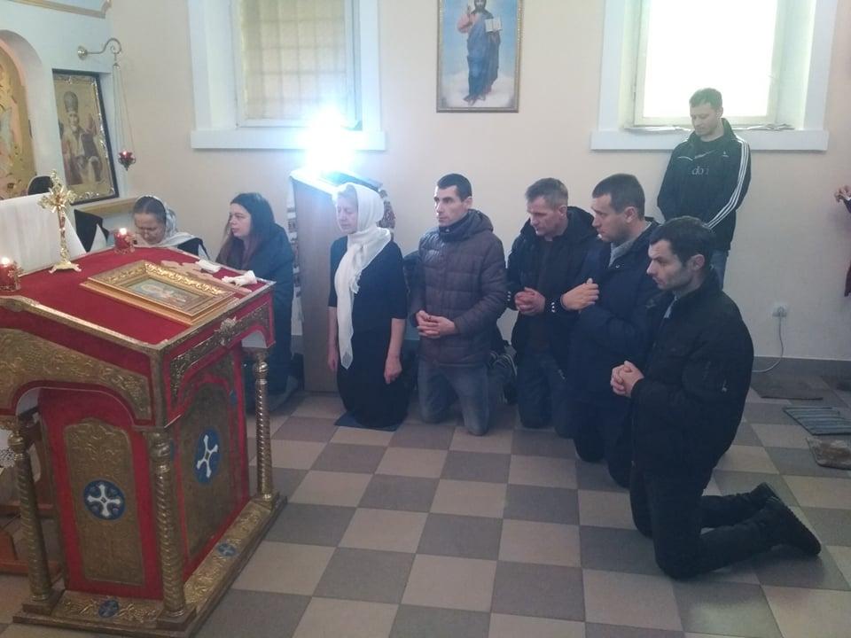 У Франківську ув'язнені помолилися і отримали подарунки на Миколая 3