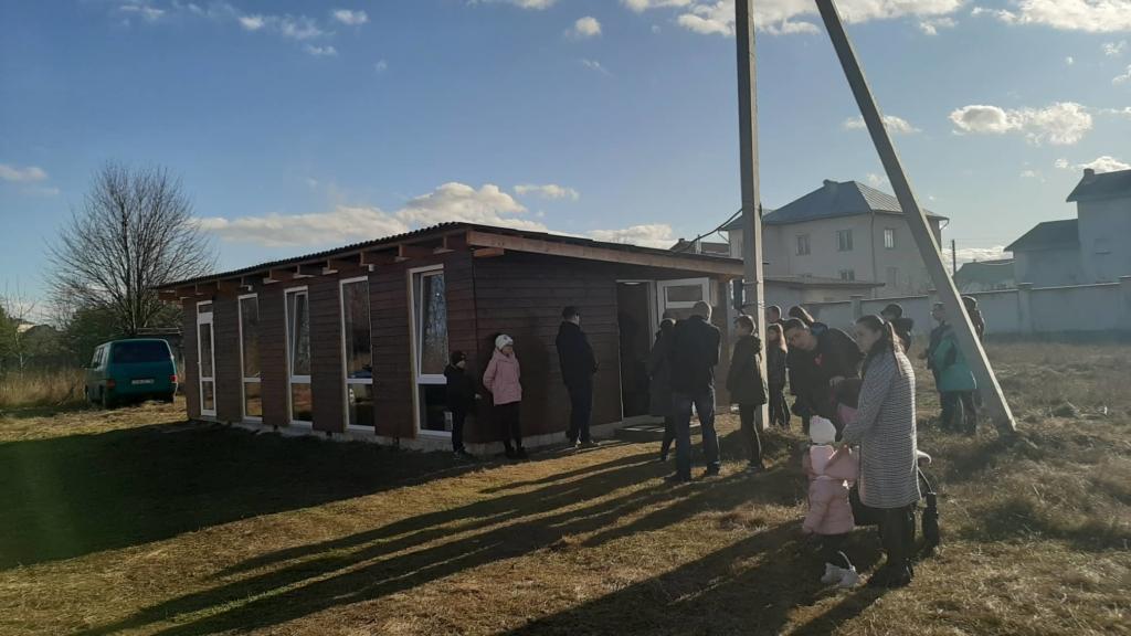 Освятили каплицю на місці першої відкритої служби УГКЦ в Угорниках 4