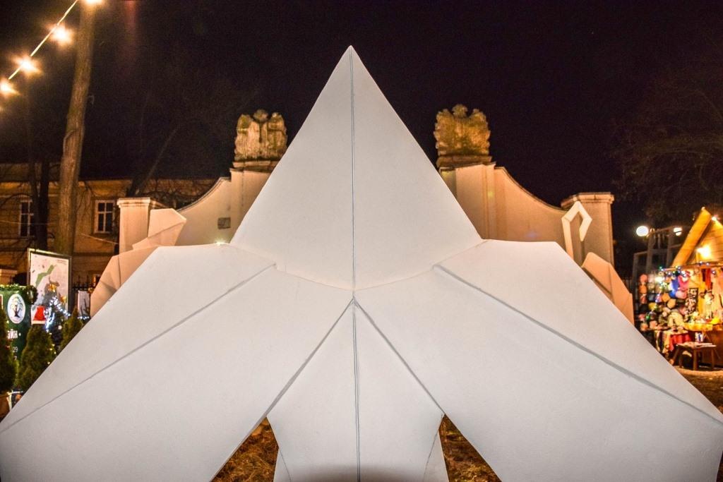 У Палаці Потоцьких відкрили різдвяну шопку-орігамі 5
