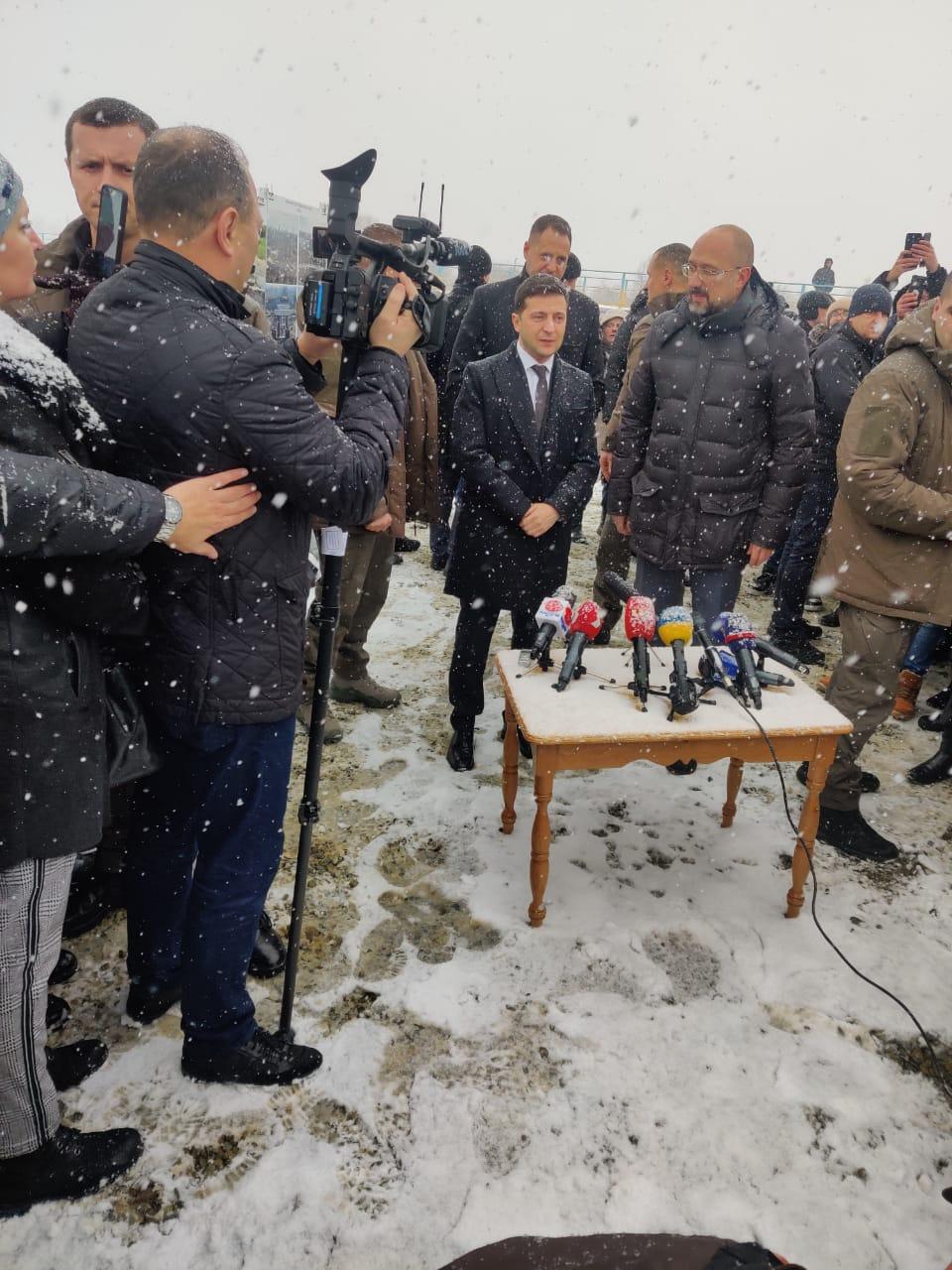 Володимир Зеленський відкриває міст через Чечву на Прикарпатті