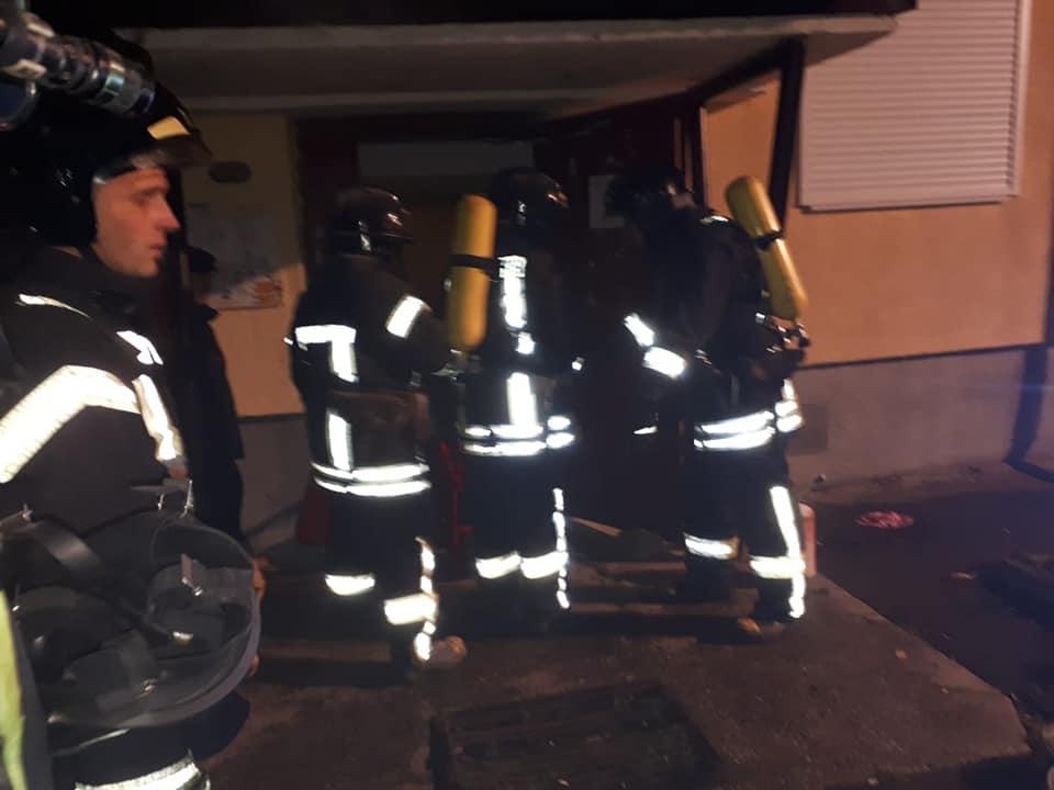 У Франківську на Бандери сталася пожежа – врятували чоловіка 4