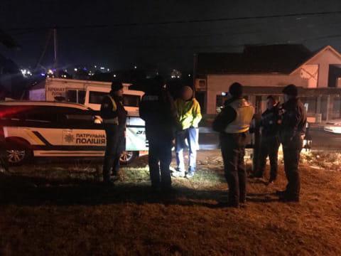 У Поляниці пасажир намагався відкупити п'яного водія від поліції 2