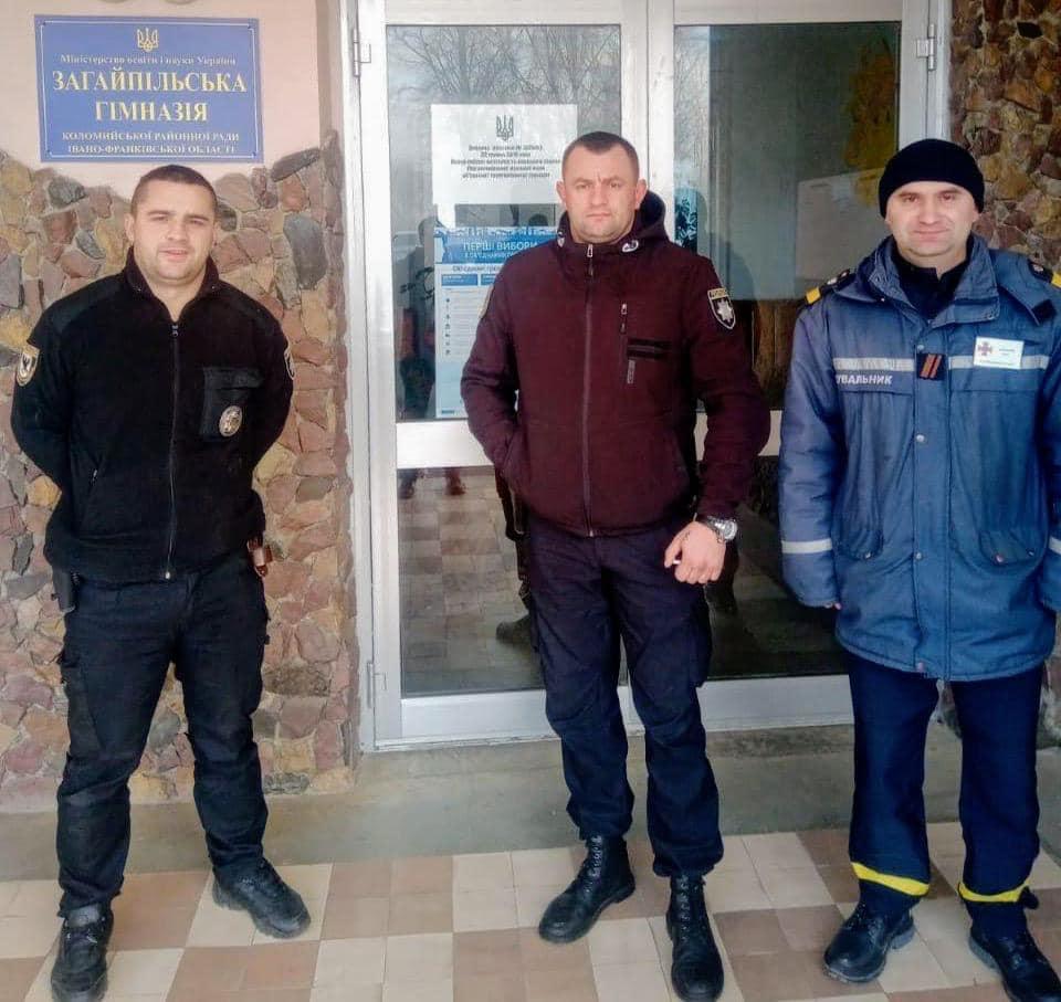 Вибори в ОТГ: на Прикарпатті дільниці відкрилися без порушень 4