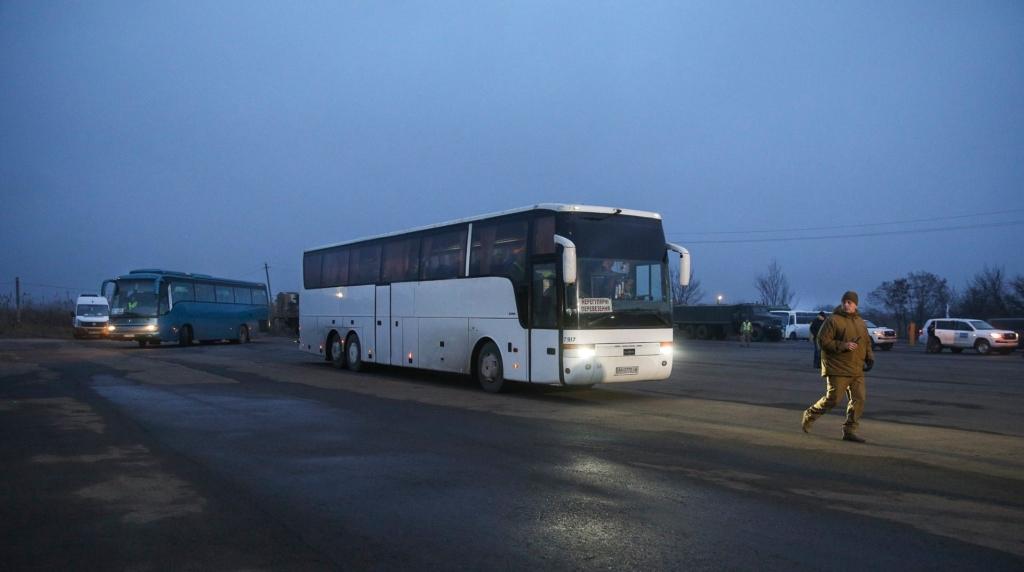 Обмін полоненими завершився - повернули 76 українців, видали 127 осіб 1