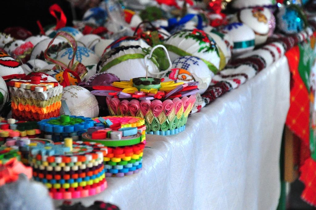 Франківські студенти зібрали 11 тисяч гривень на благодійному ярмарку 4