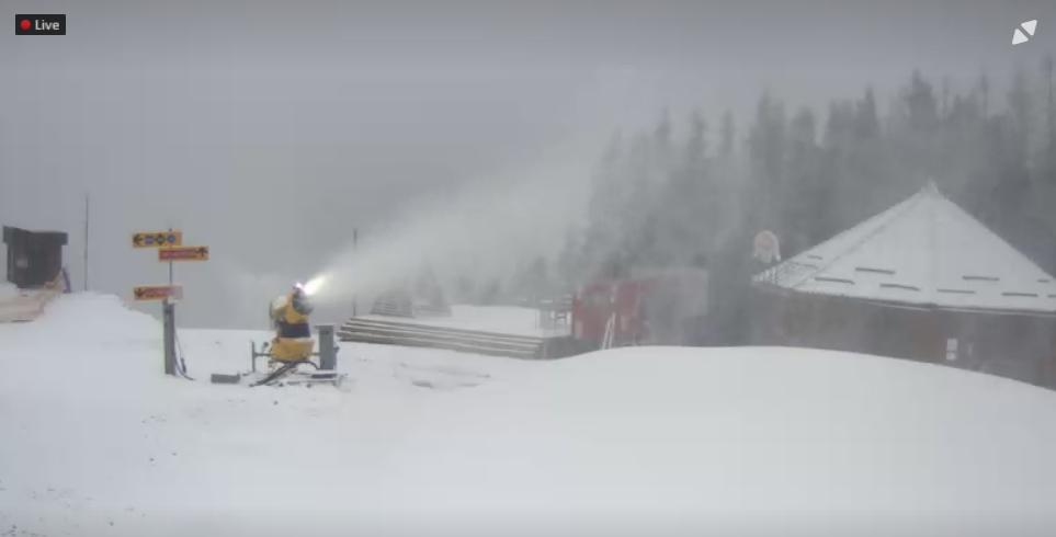 На Драгобраті й на Чорногорі вже намело снігу 6