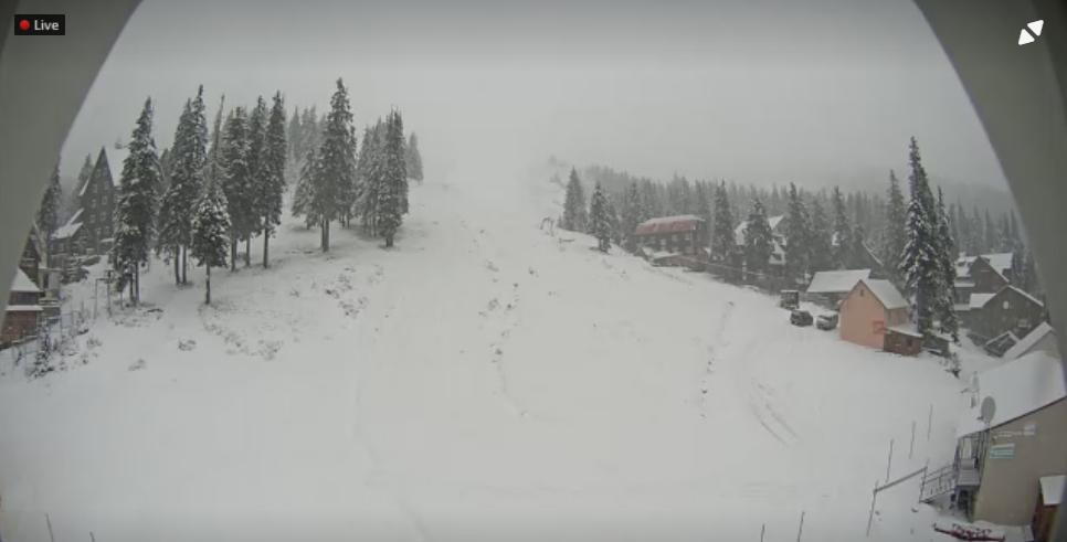 На Драгобраті й на Чорногорі вже намело снігу 4