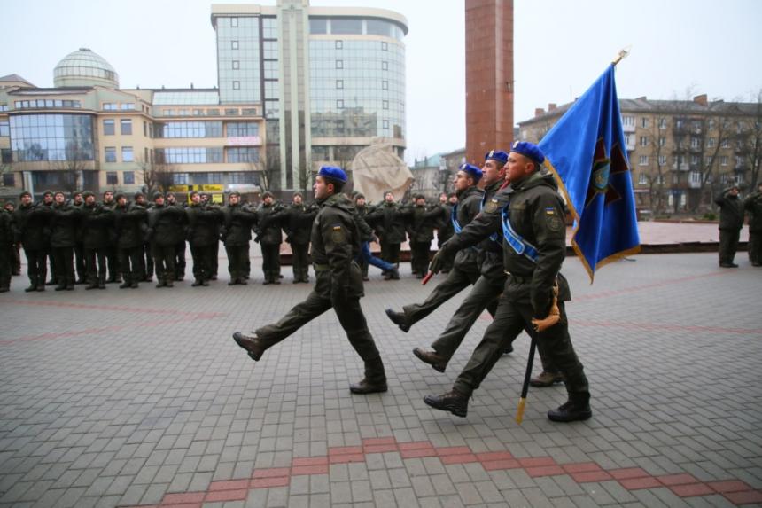 В Івано-Франківську  понад 70 нацгвардійців склали присягу 4
