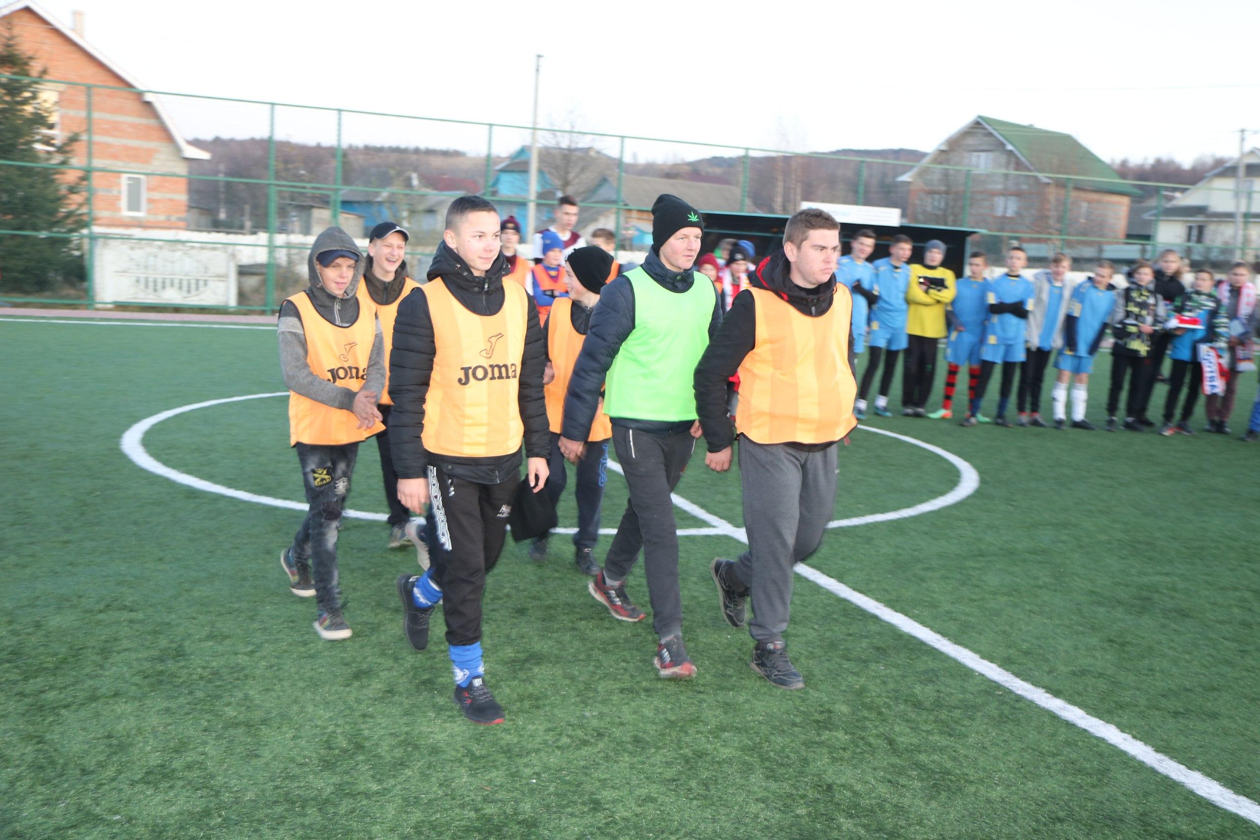 Футбол єднає: у Білозорині провели турнір з нагоди створення Пасічнянської ОТГ 4