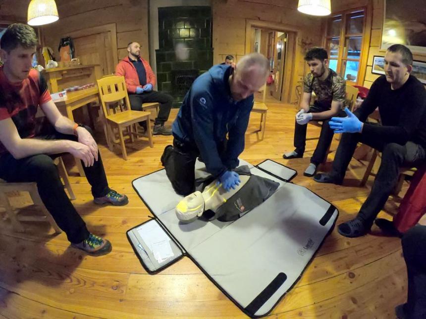 Гірські рятувальники з Прикарпаття вчились у польських колег надавати допомогу потерпілим у горах 4