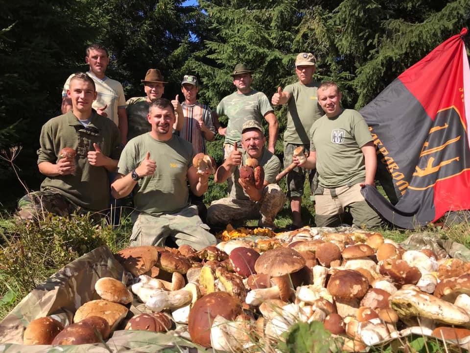 Грибна рота України: ветерани приготують юшку і почастують франківців 2