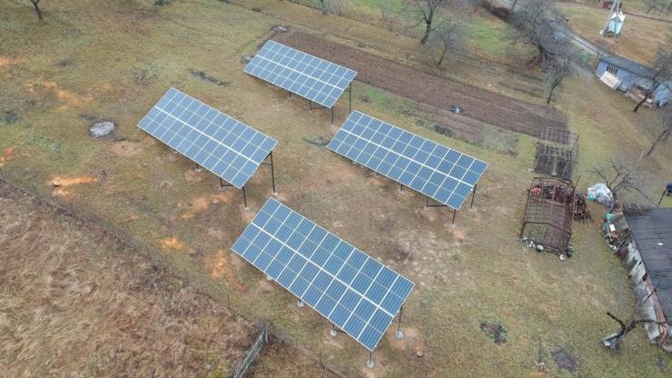 Сонячну електростанцію для дому потужністю 30 кВт встановлено в Шешорах 4
