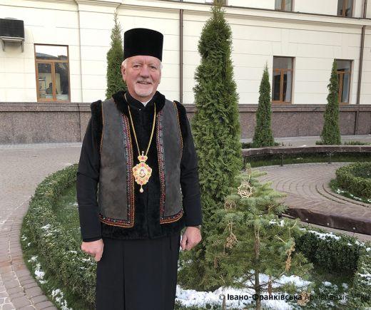 Ялинку в горщику від митрополита отримає переможець конкурсу Церкви 2