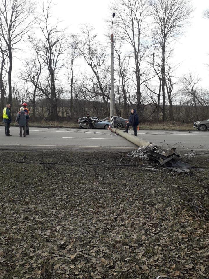 В аварії у Ямниці травмувалися двоє людей 2