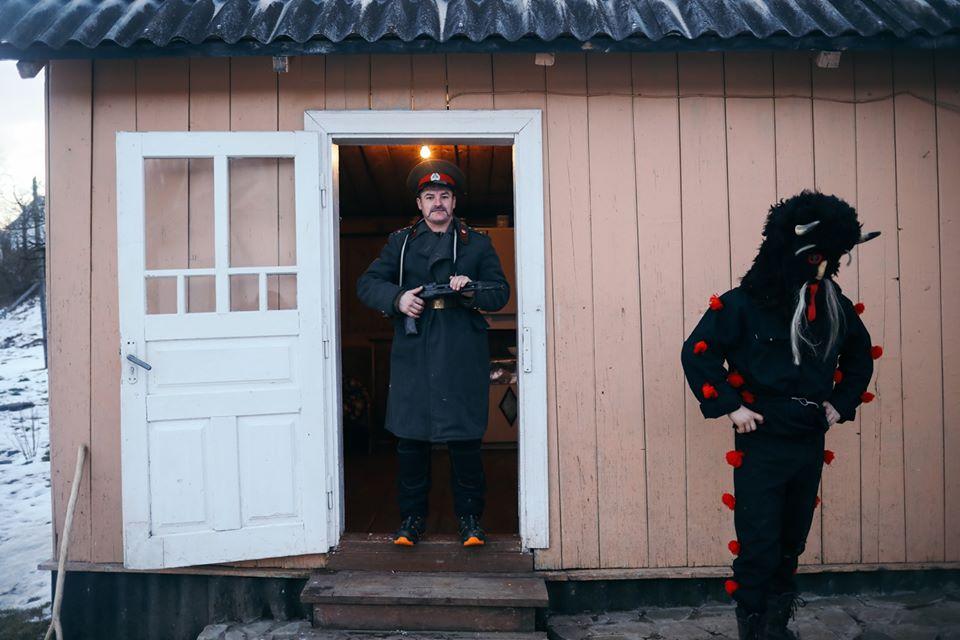 Ukrainer показав Маланку в Космачі 12