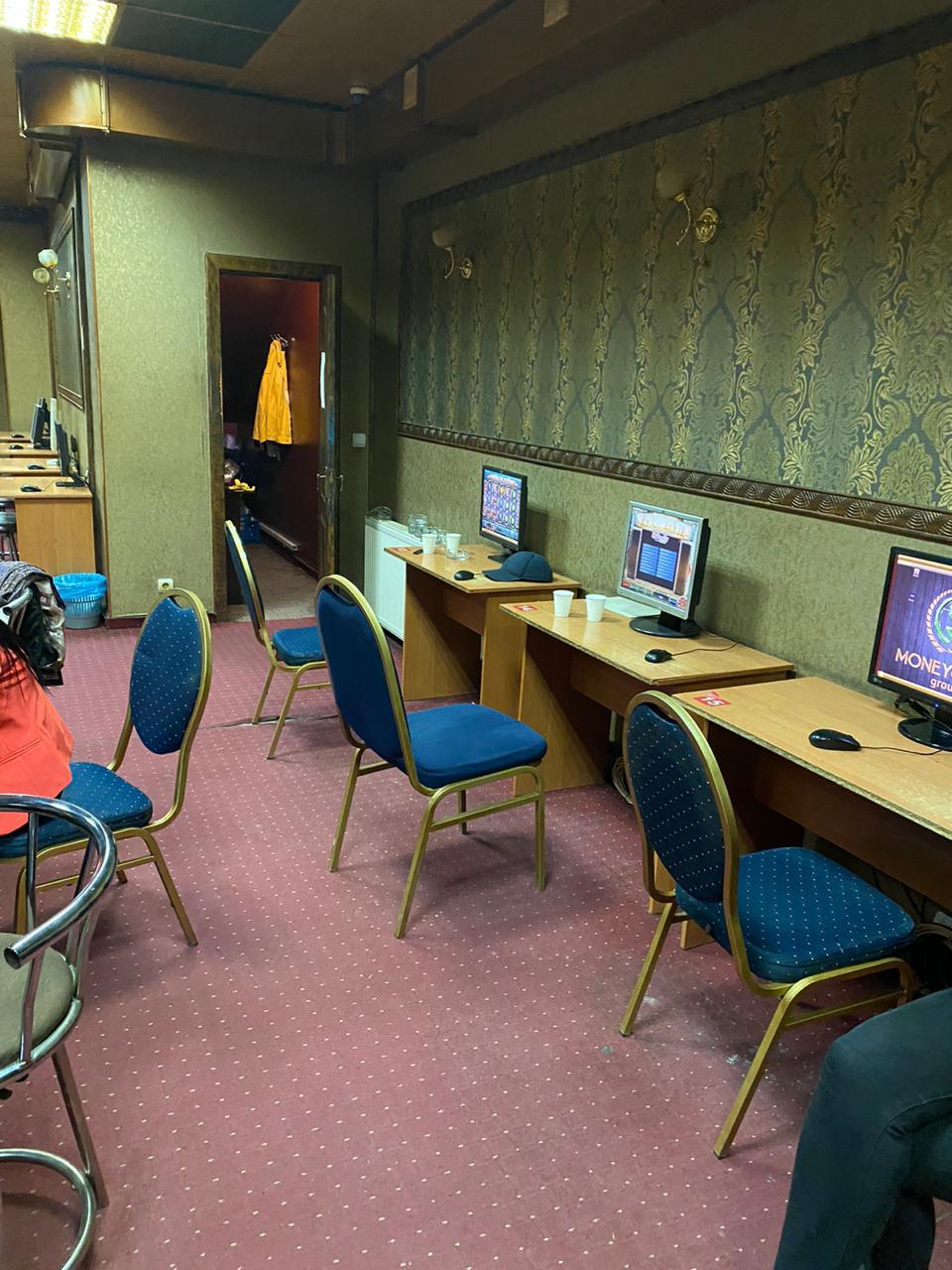 У Франківську закрили два гральні заклади, які маскувалися під інтерактивні клуби 2
