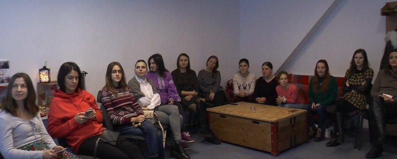 """Час для себе: клуб """"Молоді мами"""" створили у Франківську 2"""