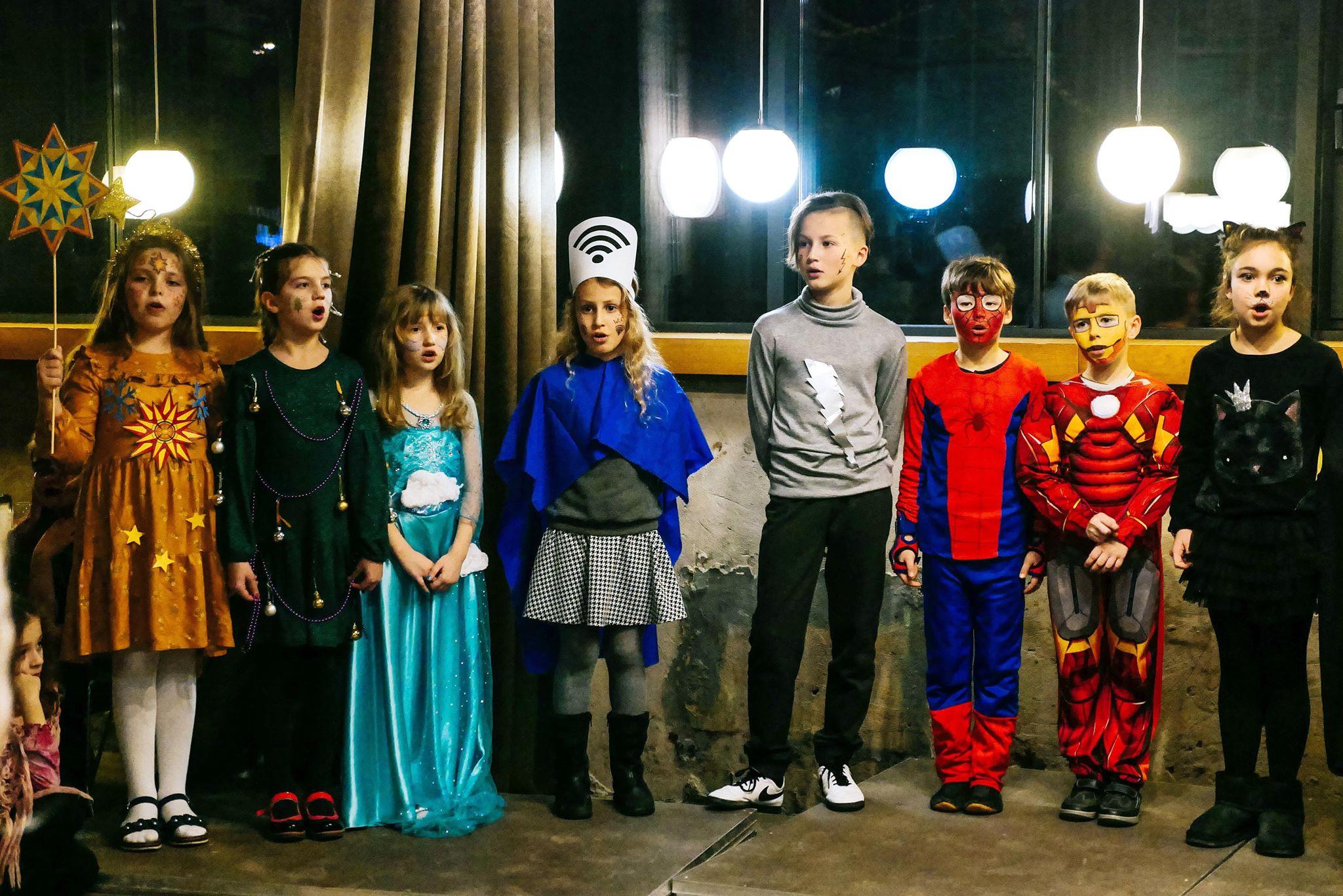 """У Франківську колядував """"Вертеп супергероїв"""" 20"""