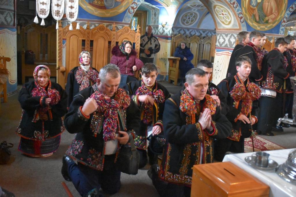 Колядники з Верховини колядували на міжнародному фестивалі у Румунії 1