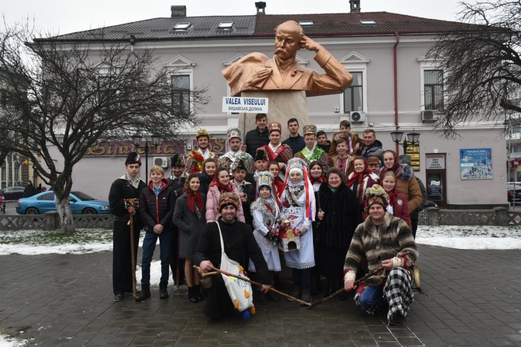 Колядники з Верховини колядували на міжнародному фестивалі у Румунії 2