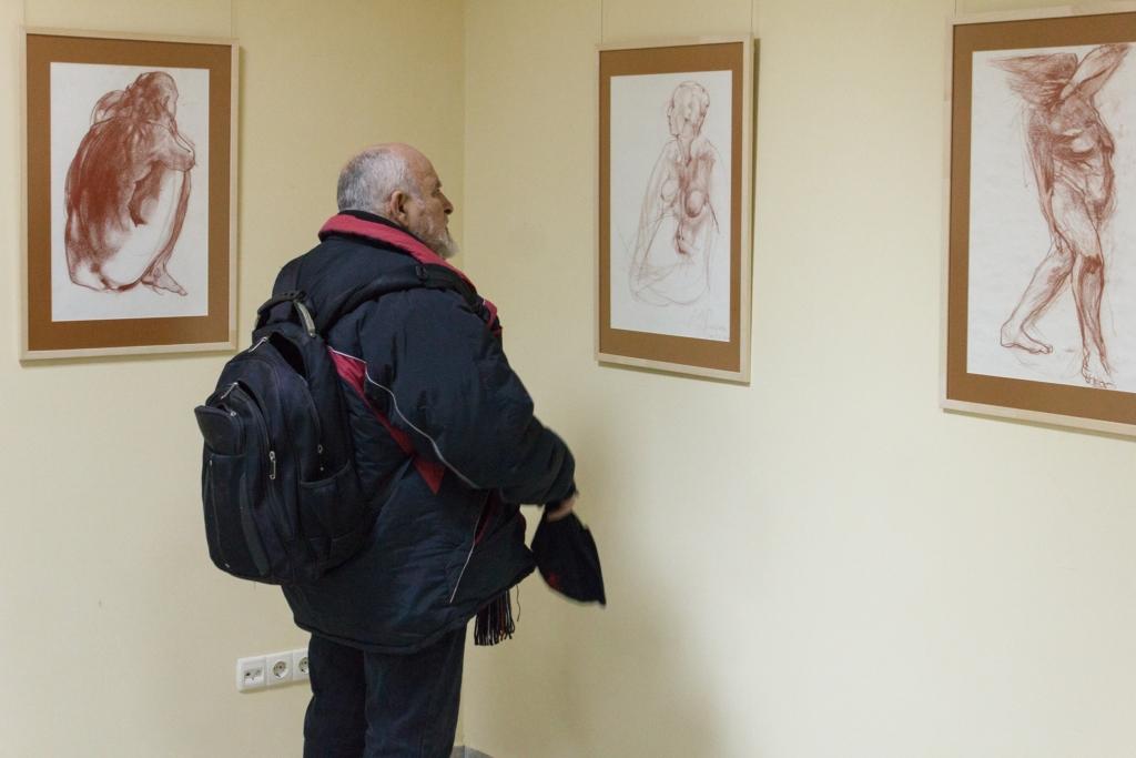 У франківському ЦСМ відкрили виставку експресивної графіки – малюнків оголеної натури 4