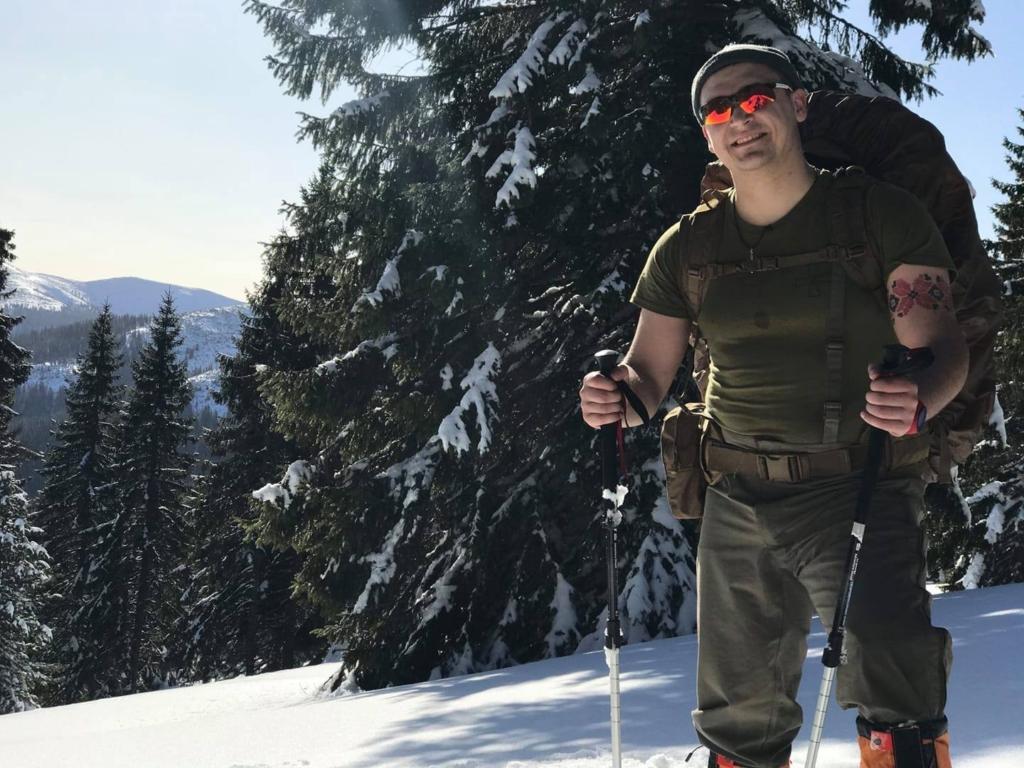 Ветеран АТО на протезі підкорив зимову Грофу 4