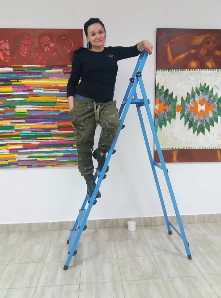 Франківська художниця Наталія Білик показала вершини і глибини 2