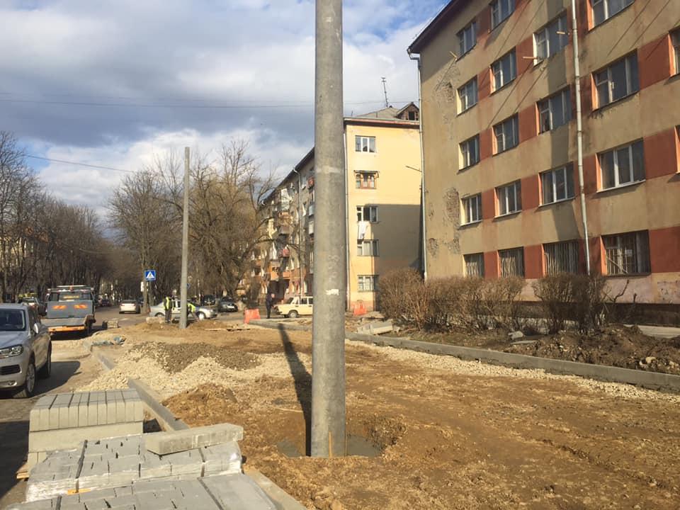 У Франківську продовжуються роботи зі з'єднання бульварів 4