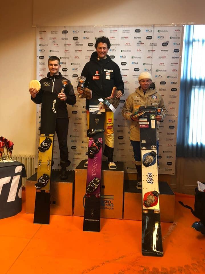 Прикарпатські сноубордисти здобули золото й срібло на змаганнях в Італії 4