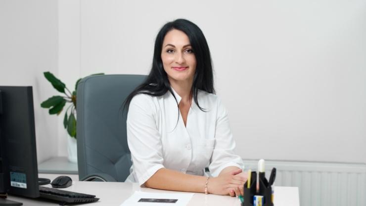 Оксана Гайсенюк – лікар гінеколог медичного центру «Оксфорд Медікал»