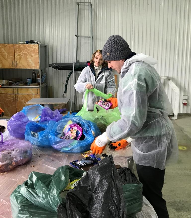 У Франківську відібрали зразки відходів для міжнародного проєкту з переробки сміття 4