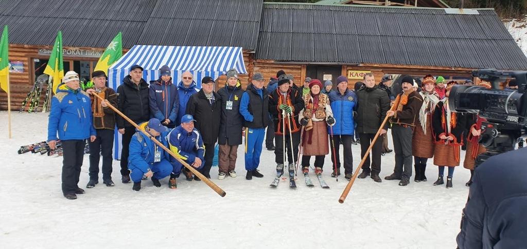 Вперше в історії України у Ворохті проходять міжнародні дитячі змагання з гірськолижного спорту 12